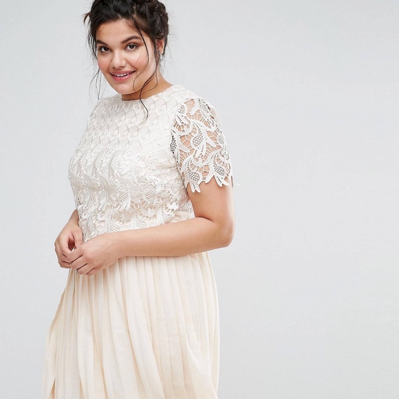 Premium Lace Overlay Midi Dress With Pleated Skirt 22a98567d